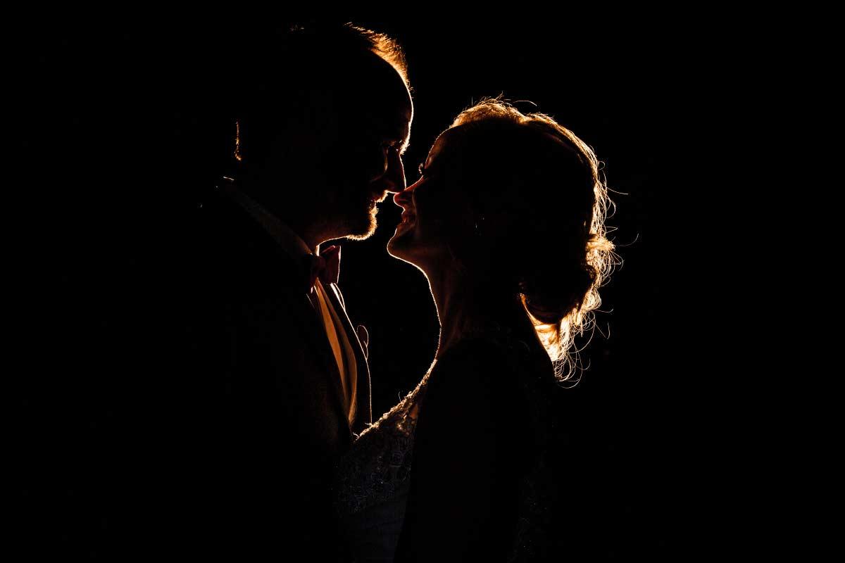 Brautpaar siluette in Bochum Hochzeitsfotograf
